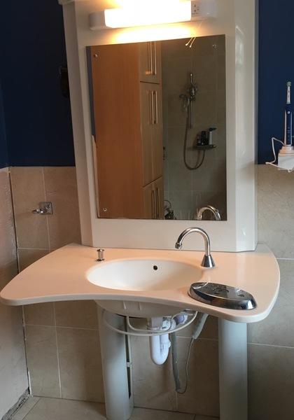Kingcraft Height Adjustable Sink Bathing Buy Second