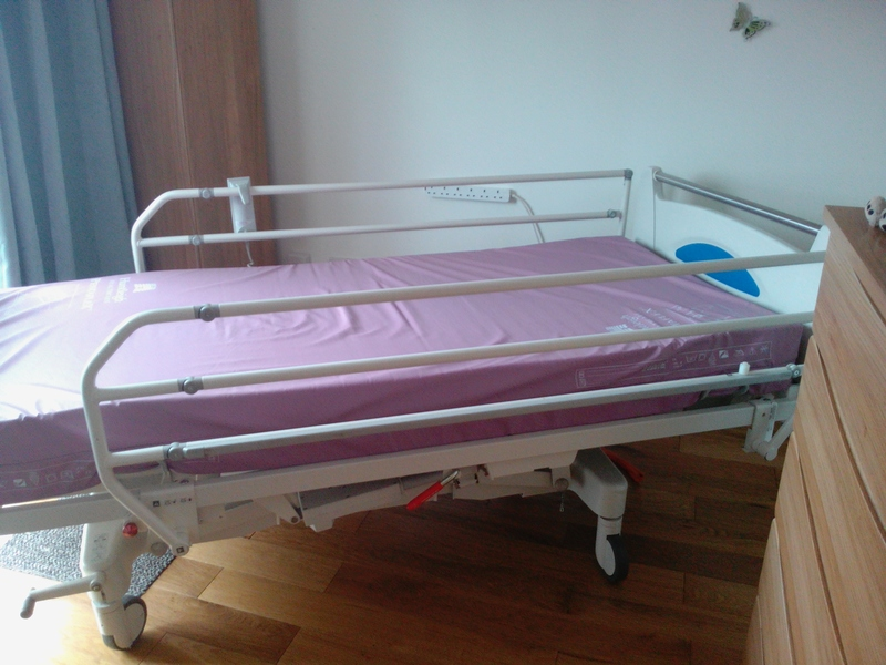 Fully profiling hospital style electric bed beds buy for Second hand bunk beds