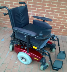 Second Hand Invacare Pronto Power Chair - click to zoom