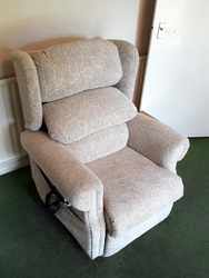 Riser Recliner Chair (Petite) - Oatmeal - click to zoom