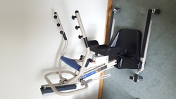 Invacare Reliant 350 Stand Aid Patient Hoist AS NEW - click to zoom