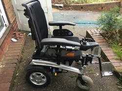 Pride fusion power chair wheelchair  - click to zoom