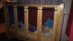Child's kinderkey profiling safe bed/space  - click to zoom