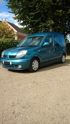 Renault Kangoo Drive From Wheelchair - click to zoom