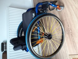 Quickie Helium Wheelchair - click to zoom